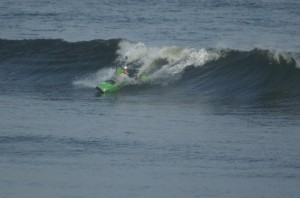 me ignoring back issues at the irish surf kayak open 2009
